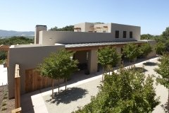 Five-Sisters-Ranch_house1