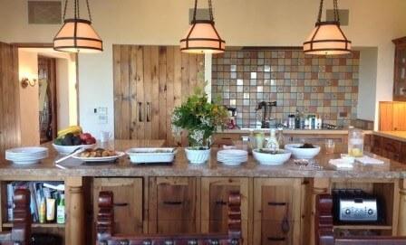 fivesistersranch-kitchen-1-448x271